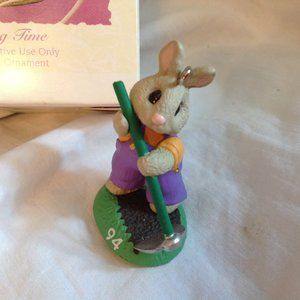 Hallmark 1994 Bunny Rabbit Easter Ornament New